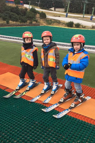 Happy Days Nursery Skiing Lessons Hillend